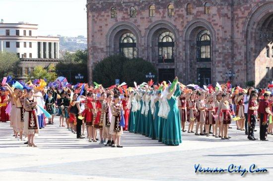 Еревану – 2795 лет (фоторепортаж)